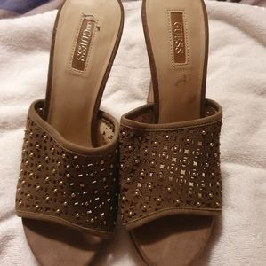 Green GUESS heels size 8